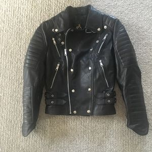 Abbraci Leather